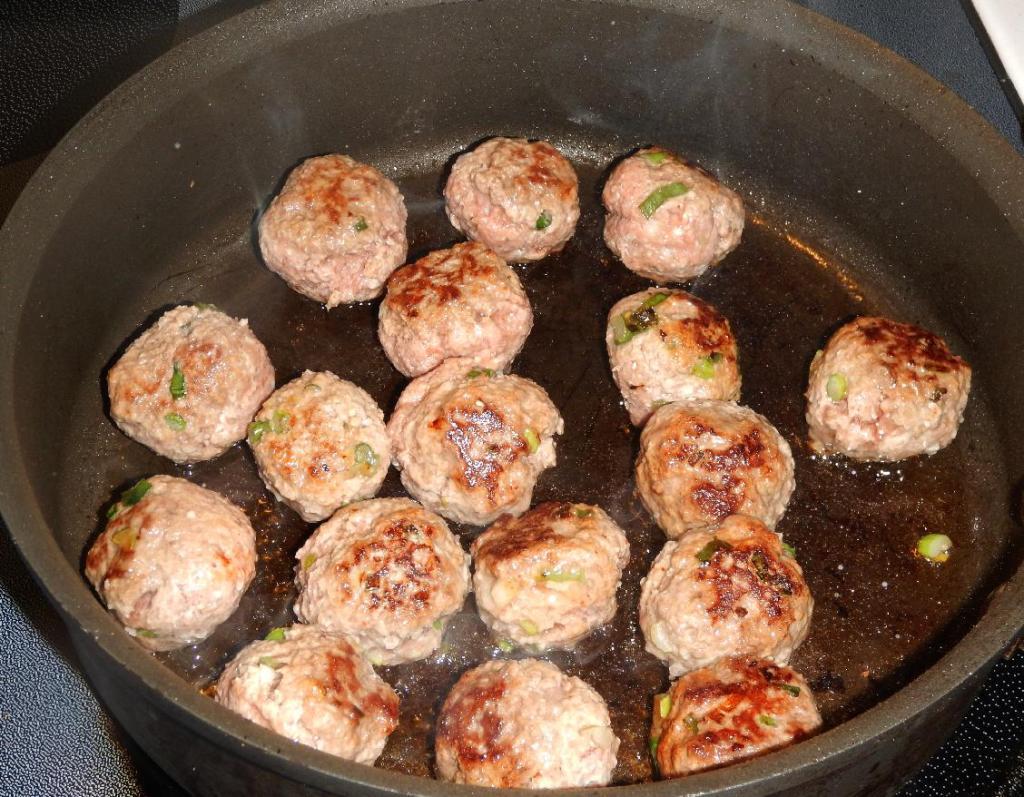 Browning Pork meatballs
