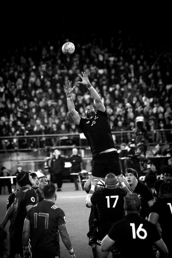 Intercepting rugby ball