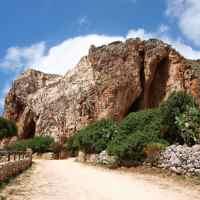 Ciekawe miejsca: Grotta Mangiapane