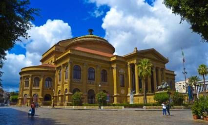 Teatr Wielki w Palermo.