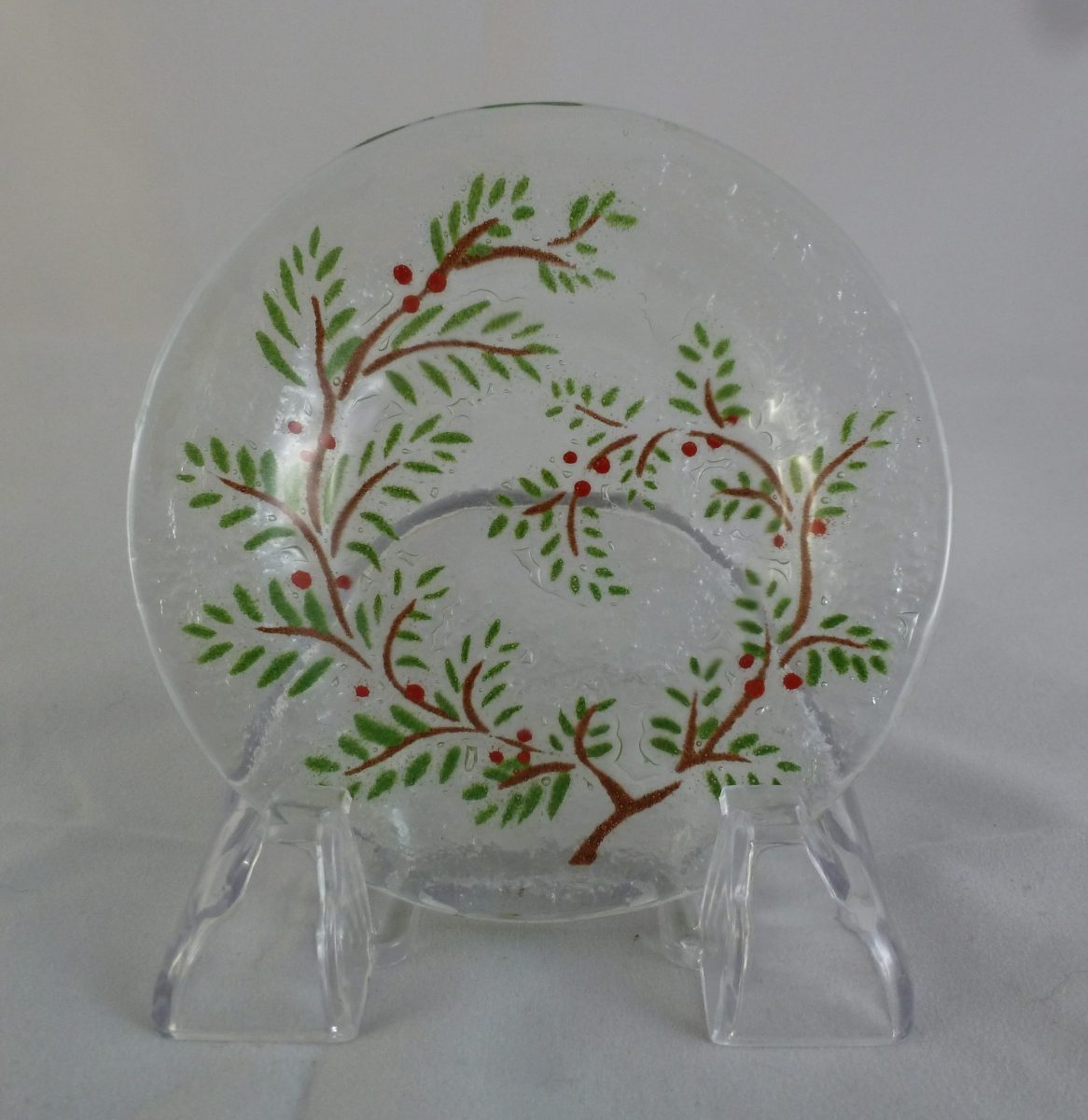 Cranberry Cup Plate