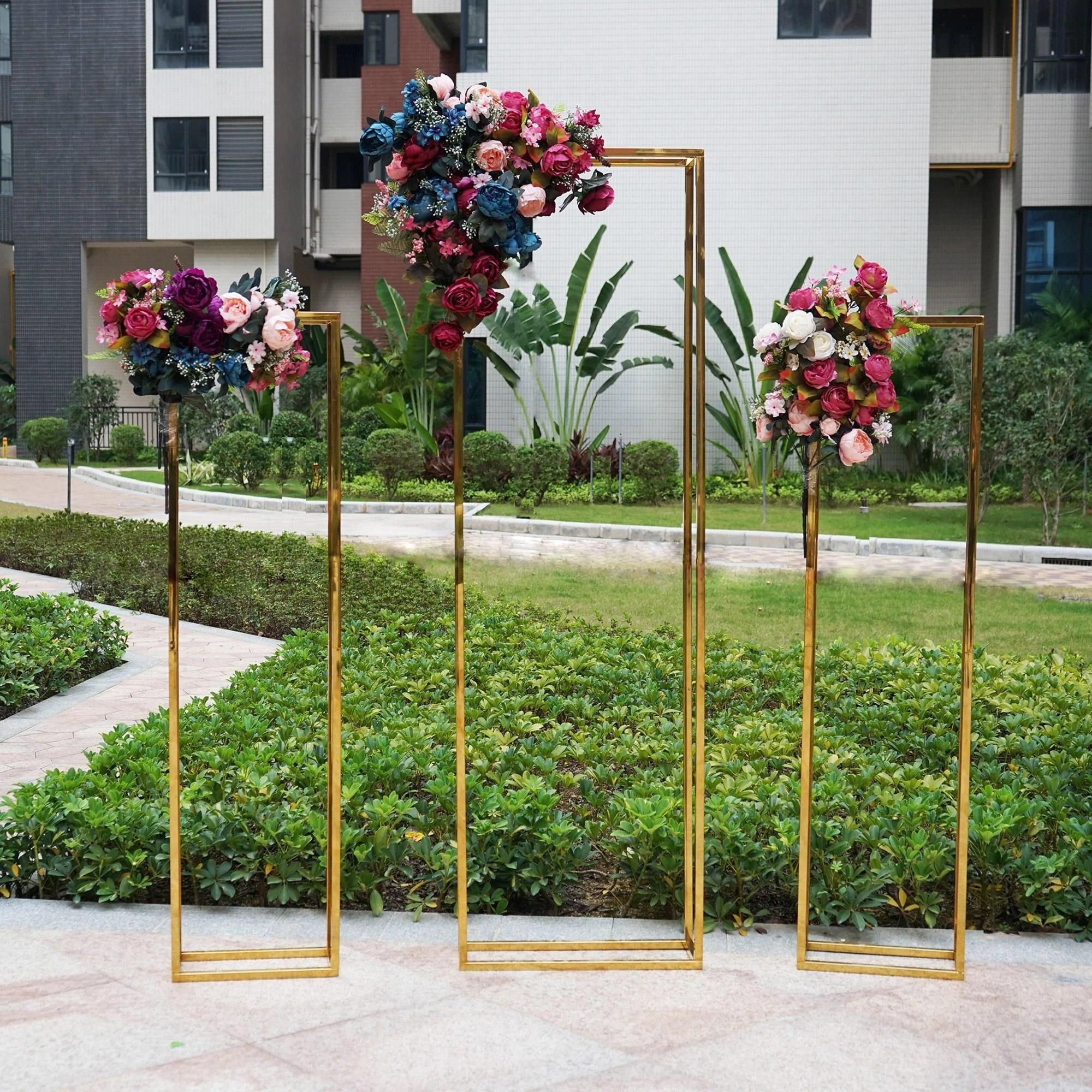 Mirror Gold Rectangular Frame Cube Backdrop