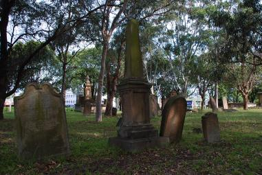 St Peters Cemetery, Cooks River (photo: Mark Dunn)