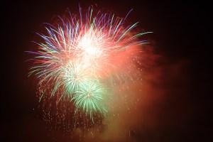 fireworks_blast_185682