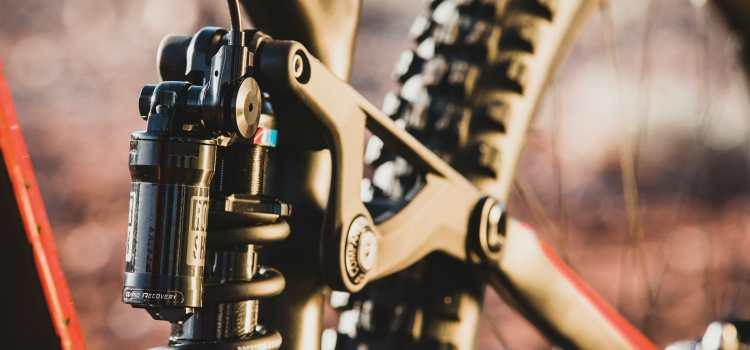 RockShox lanserer coil-demper til stisykkelen
