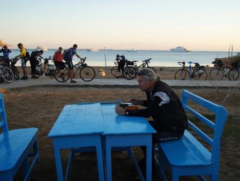 Frokost utendørs i Safaga kl. 06.30!