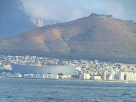 Den nye fotballstadion i Cape Town ruver i byen!