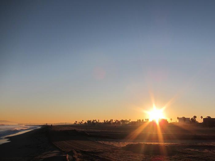 أين تشرق الشمس أين تشرق الشمس ولماذا