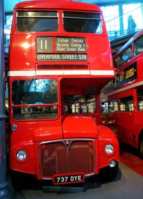 Announcement that London buses are to be red in 1929