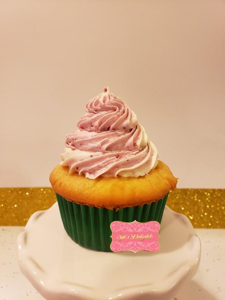 Raspberry white Cupcakes