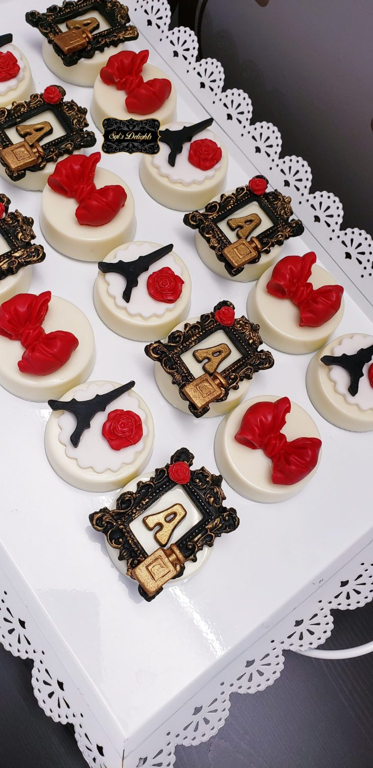 Paris red Oreo cookies