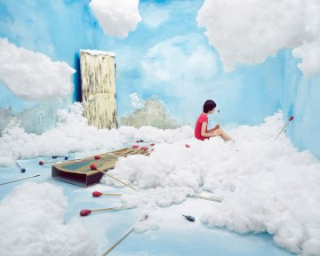 JYL001-JeeYoungLEE-OPIOM-the-little-match-girl_160x128cm_Inkjet-print_2008