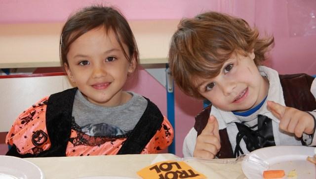 Les élèves d'école primaire.