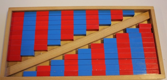Montessori barres rouges et bleues