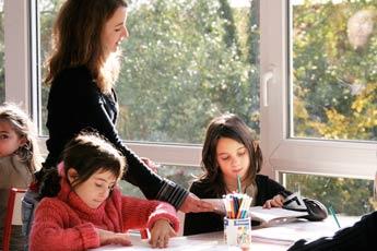 Noémie et ses élèves.