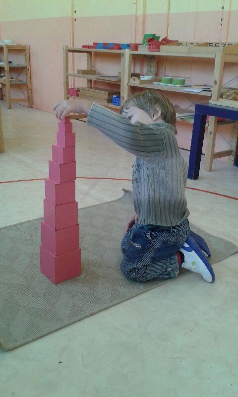 Montessori développement sensoriel