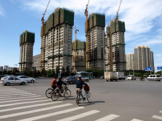 Tianjin, China, environ 6 millions d'habitants en augmentation constante. Photo CCBYSA Hugi Olafsson via Flickr