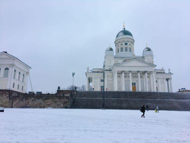 ヘルシンキの顔、美しいヘルシンキ大聖堂は女神だ。