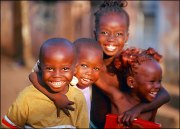 smiling_kids_in_africa[1]