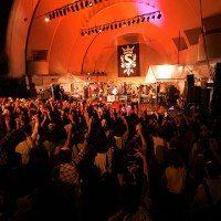 SCANDAL /Two hundred thousand people from 30 countries frenzied at free live concert!
