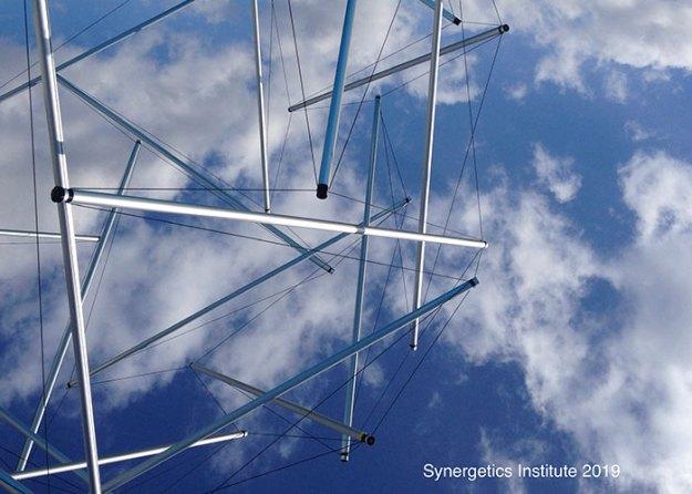 球状共鳴テンセグリティ構造