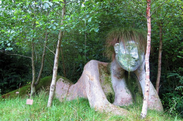 Eve, The Eden Project © KathrynW1 with CCLicense