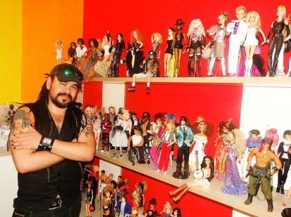 collector and collection © MoscheDayanTomaz with CCLicense