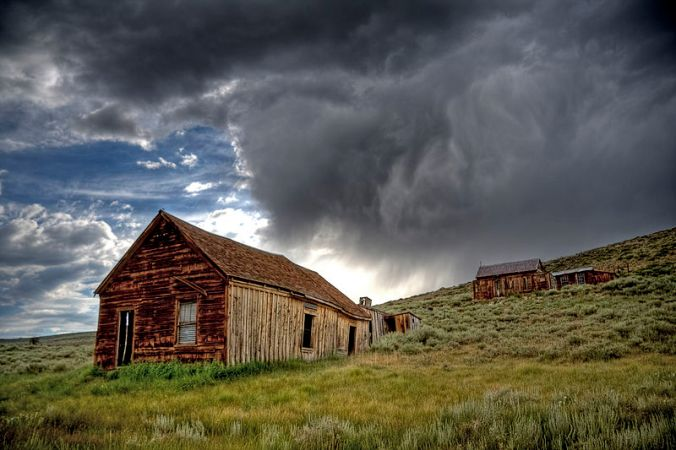800px-Bodie_Ghost_Town_Storm.jpg