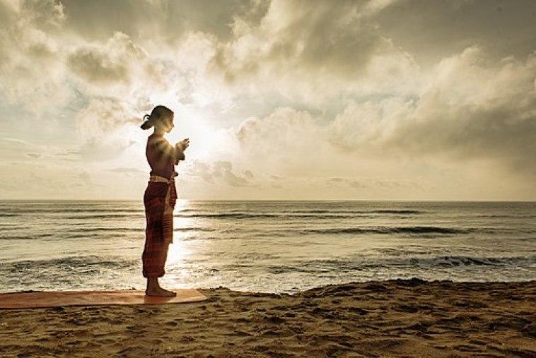 512px-a_yoga_namaste_hindu_culture_religion_rites_rituals_sights