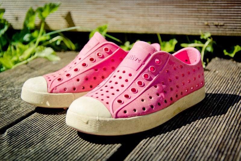 outdoor-shoe-plastic-summer-leg-live-583109-pxhere.com