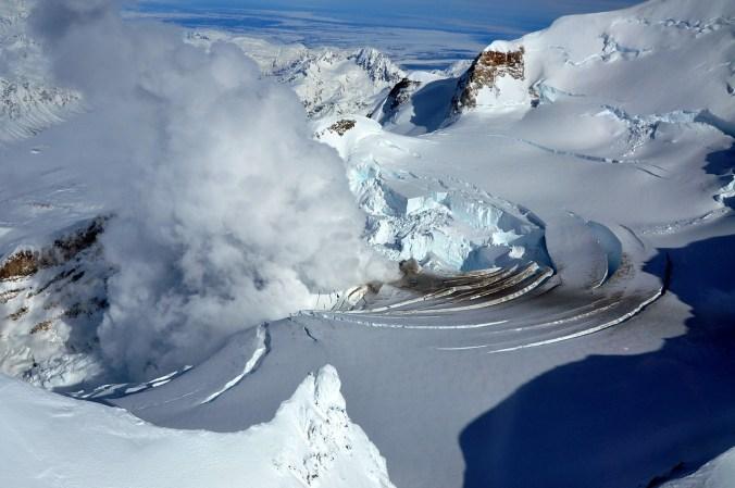 volcano-67515_1280