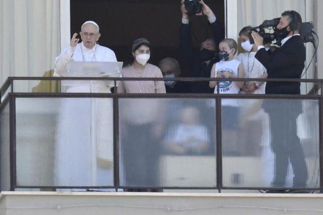 Папа: Всі мипотребуємо «єлею» близькості, всі можемо дарувати його іншим