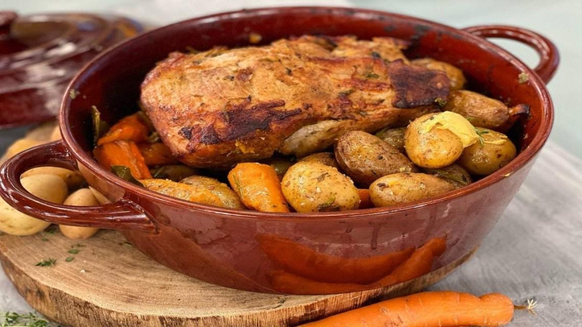 Χοιρινό Μπούτι στο Φούρνο με Πατάτες   Λάμπρος Βακιάρος