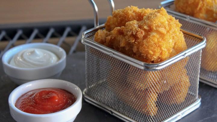 Οι καλύτερες ΚΟΤΟΜΠΟΥΚΙΕΣ του κόσμου! Τα παιδάκια σας θα τις λατρέψουν - Chicken Nuggets Recipe