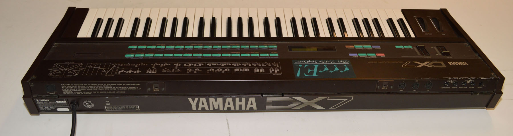 Yamaha DX7 FM Synthesizer w/E! Grey Matter Expansion and New Battery