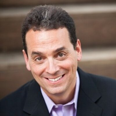 2:23AM Podcast, Season #1, Episode #16  – Dan Pink, Best Selling Author; Drive, To Sell is Human