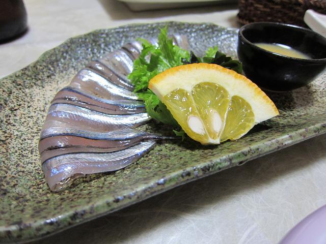 2日目!晩ごはん!キビナゴの刺身