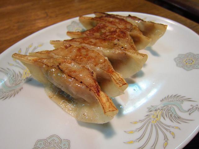 中華飯店とら 焼餃子