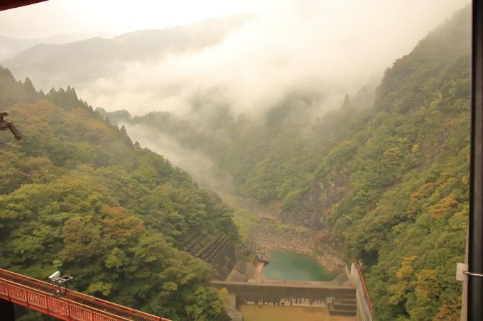 永瀬ダム、香北町側の物部川、上方・高知・香美市物部町