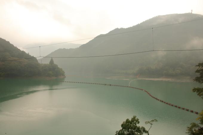 永瀬ダムのダム湖・高知・香美市物部町