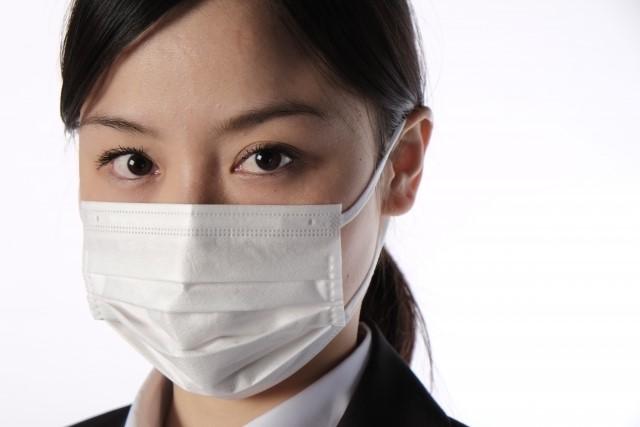 結核の感染力と経路・キスで感染する?潜伏期間や予防法は?