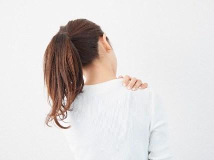 首のイボの皮膚科での取り方や市販薬やクリームで自分で取る方法
