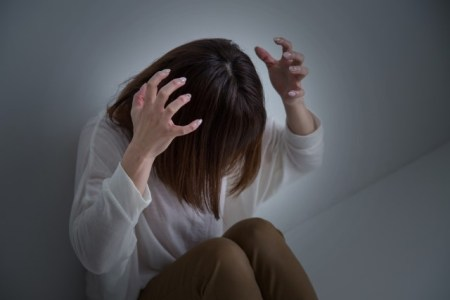 閉所恐怖症の症状や原因と治し方【パニック障害との違いは?】