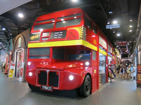 Bus station? No, it is just shop decoration inside Terminal 21 ;-)