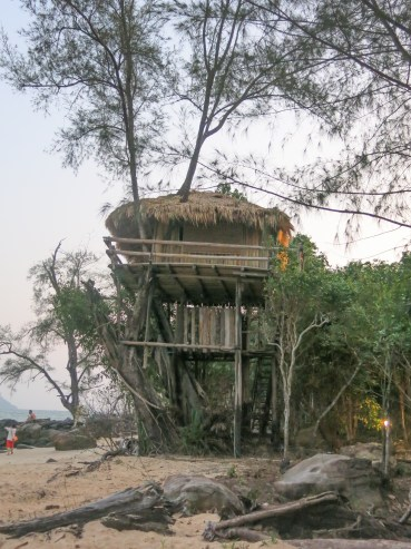 TreeHouse Bungalow in late evening