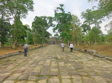 2nd pavement from 4th gopura to 3rd gopura