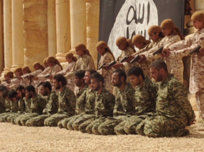 ISIS child recruits were made to murder 25 soldiers in 2015.