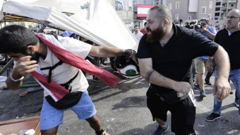 Uncivilized Lebanese mobs attack Syrians heading to vote in Beirut