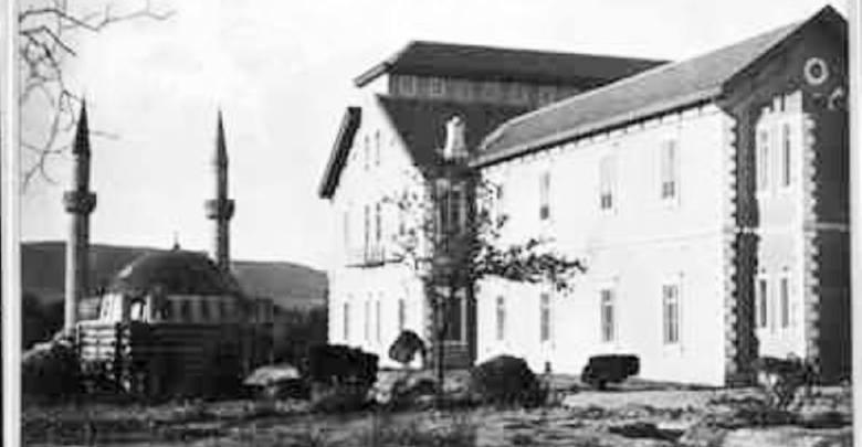 دمشق 1907 - التكية السليمانية ومبنى المشفى الوطني (مشفى الغرباء )..
