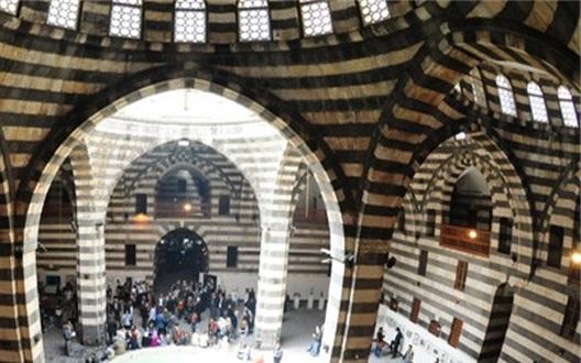 الخانات في دمشق